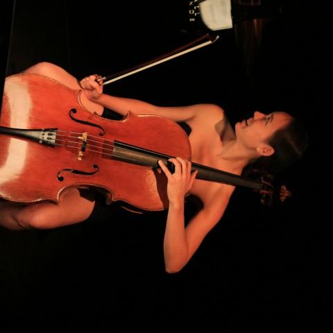 Joëlle cello 3