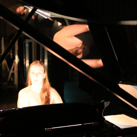 Viva piano 4